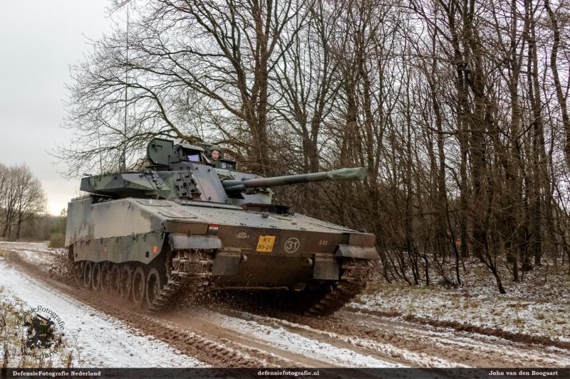 CV9035 44painfbat