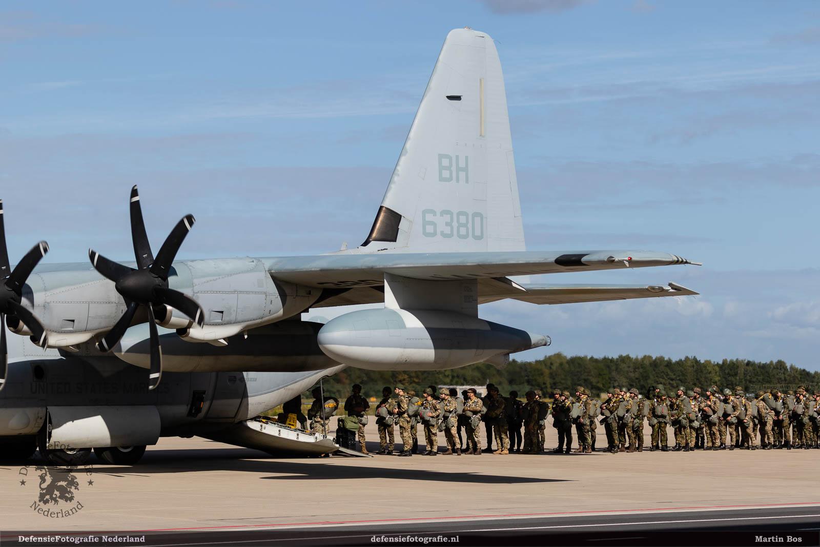 Instappen KC-130J